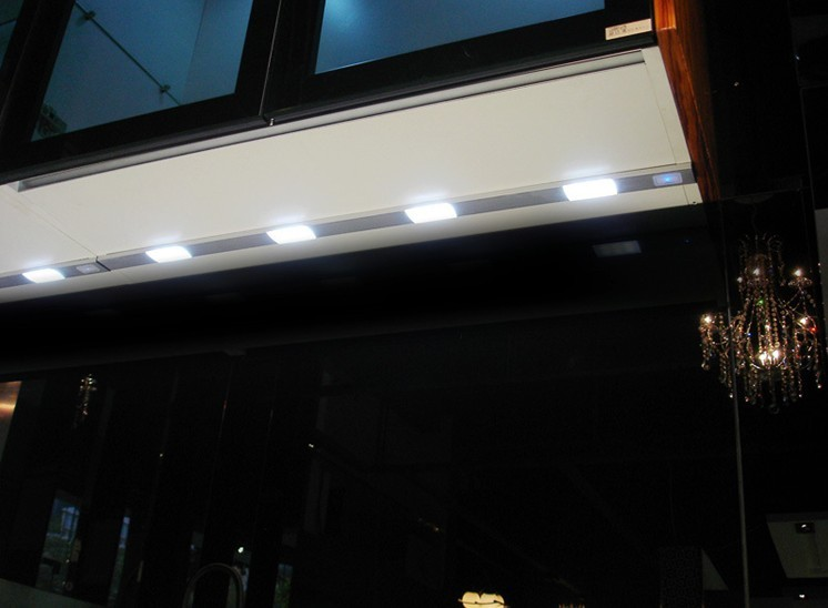 Led cabinet light with IR Sensor 02